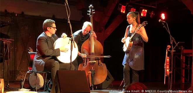 Rhiannon Giddens mit Francesco Turrisi live in Hamburg