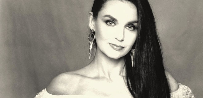 Crystal Gayle - I've Cried (The Blues Right out of my Eyes)