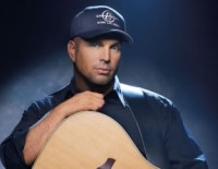 Die Garth Brooks Marketing Maschinerie läuft an