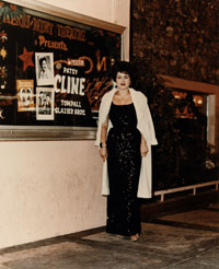 Patsy Cline vor The Mint in Las Vegas (1962); Foto: Julia S. Fudge