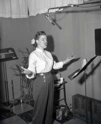 Patsy Cline in Owen Bradleys Quonset Hut Studio in Nashville; Foto: Elmer Williams